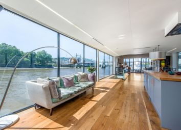 Cadogan Pier, Chelsea SW3. 3 bed houseboat for sale