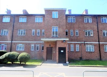 Thumbnail 3 bed flat to rent in Michael Farraday House, Beaconsfield Road, Southwark, London