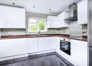 Thumbnail 2 bed flat to rent in Cumberland Road, Bromley