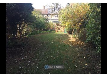 3 bed maisonette to rent in Boundaries Road, London SW12