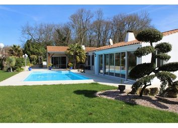 Thumbnail 4 bed property for sale in 17000, La Rochelle, Fr