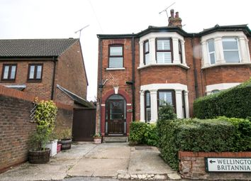 Britannia Road, Warley, Brentwood, Essex CM14. 3 bed end terrace house