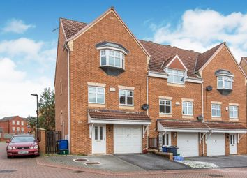 Thumbnail 3 bed town house for sale in Byram Court, Woodfield Plantation, Doncaster