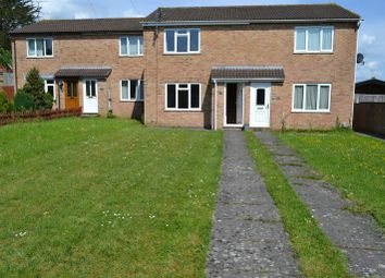 2 bed terraced house to rent in Derwent Road, Thatcham RG19