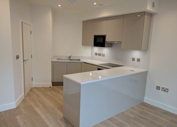 Thumbnail Studio to rent in Kings Road, Central Reading, Town Center, Reading, Berkshire