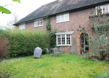 Thumbnail 1 bed flat to rent in Neale Close, East Finchley