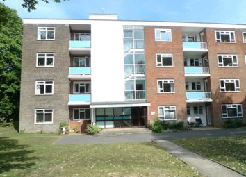Thumbnail Flat to rent in Chine Crescent Road, Bournemouth