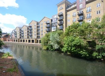 Thumbnail 3 bed flat to rent in Fobney Street, Reading