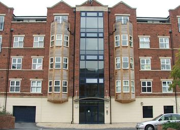 Thumbnail 3 bedroom flat to rent in Carisbrooke Road, Weetwood, Leeds