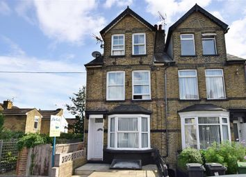 2 bed flat for sale in Douglas Road, Maidstone, Kent ME16