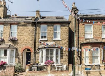 3 bed property for sale in Talbot Road, Twickenham TW2