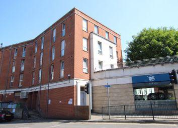 The Oaks Square, Epsom KT19. 1 bed flat