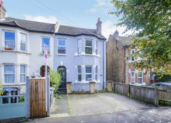 3 bed flat for sale in Avondale Road, South Croydon CR2