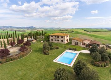 Thumbnail 10 bed farmhouse for sale in Evergreen, Asciano, Siena, Tuscany, Italy