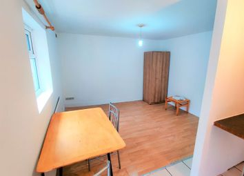 Thumbnail 1 bed flat to rent in Rectory Road, London