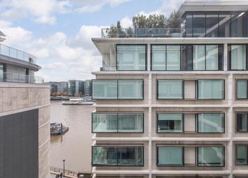 Thumbnail 1 bed flat to rent in Sugar Quay, Landmark Place, Water Lane, London