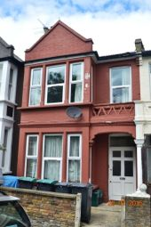 3 bed flat to rent in Umfreville Road, London N4
