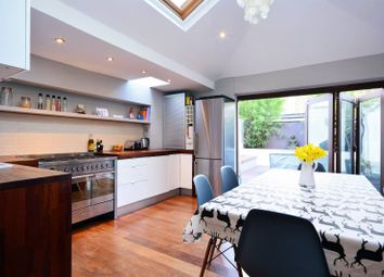 Thumbnail 3 bed property to rent in Heath Road, Clapham