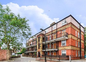 3 bed maisonette to rent in Vauban Estate, Bermondsey, London SE163Qy SE16