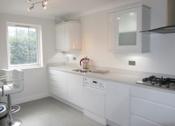 Thumbnail 3 bed property to rent in Lansdowne Road, Purley