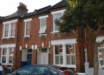 Thumbnail 3 bed flat to rent in Glasford Street, London