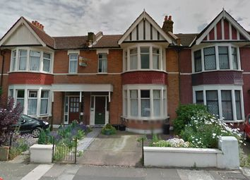 Thumbnail 5 bed terraced house to rent in Arundel Gardens, Ilford