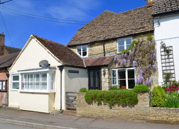 Thumbnail 3 bed cottage for sale in Purton Stoke, Swindon