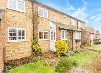 Thumbnail 2 bed cottage for sale in Stoneleigh Road, Oxted