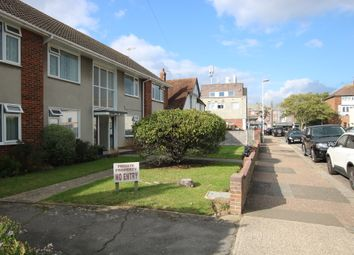 Thumbnail 1 bed flat to rent in Brooklyn Avenue, Goring-By-Sea, Worthing