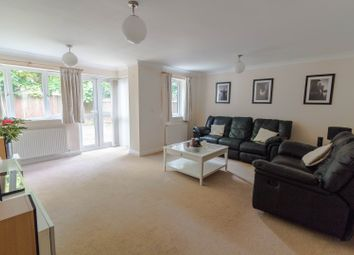 Thumbnail 4 bedroom town house for sale in Wingrove Road, Reading