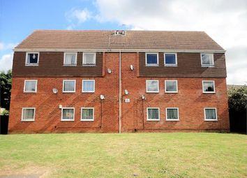 Thumbnail Flat to rent in Rochfords Gardens, Slough, Berkshire