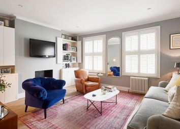 Thumbnail 2 bed flat to rent in Simpson Street, London