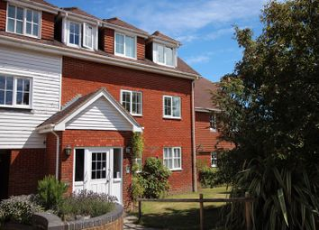 Thumbnail 2 bed flat for sale in Little Park, Durgates, Wadhurst
