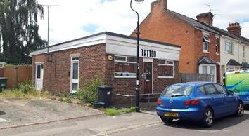 Thumbnail Retail premises for sale in 1A George Street, Basingstoke, Hampshire