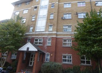 Thumbnail 2 bed flat to rent in Scarbrook, Croydon