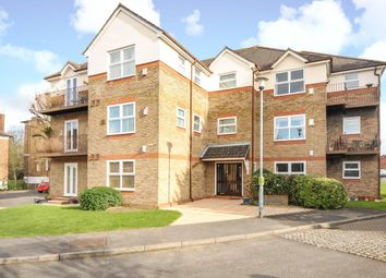 Thumbnail 2 bed property to rent in Drummond House, Balmoral Gardens, Windsor, Berkshire