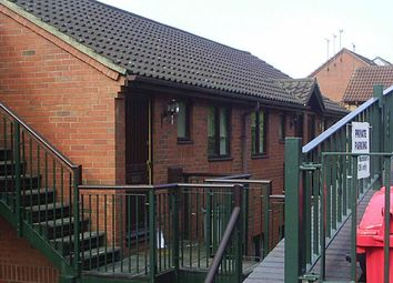 Thumbnail Studio to rent in Wyatt Close, High Wycombe