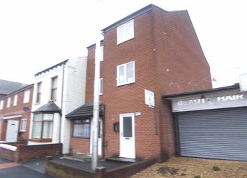 Thumbnail 2 bedroom flat to rent in Lower Bents Lane, Bredbury, Stockport
