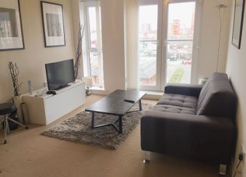 2 bed flat to rent in Irwell Building, Lowry Wharf, Derwent St M5