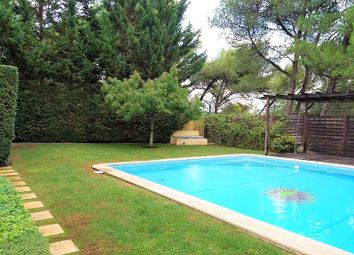 Thumbnail 3 bed apartment for sale in Quinta Das Patinhas, Lisbon, Portugal