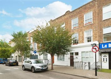 Thumbnail 3 bed flat to rent in Allen Road, Stoke Newington, London
