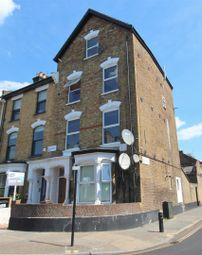 Thumbnail 2 bed flat to rent in Wilberforce Road, Finsbury Park