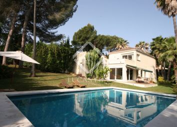 Thumbnail 4 bed villa for sale in Spain, Costa Del Sol & Marbella, Nueva Andalucía, Mrb6927