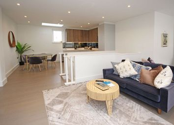 Thumbnail 2 bed flat to rent in Eric Street, London
