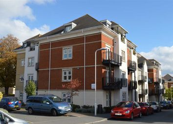 Thumbnail 2 bed flat to rent in Crawford Avenue, Dartford