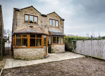 Thumbnail 4 bed detached house to rent in Laund Road, Salendine Nook, Huddersfield