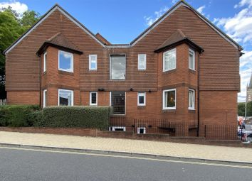 Charles Street, Petersfield GU32. 1 bed flat for sale