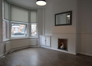 Thumbnail 1 bed flat to rent in Bakers Avenue, Walthamstow