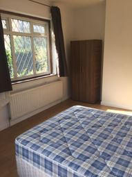 Thumbnail 1 bed detached house to rent in Blake Road, Croydon