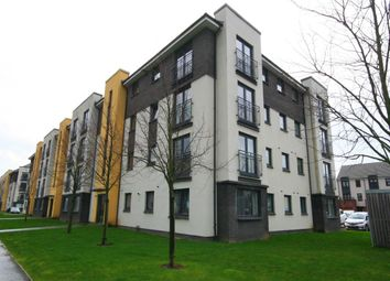 Thumbnail 2 bed flat to rent in Kenley Road, Braehead, Renfrew